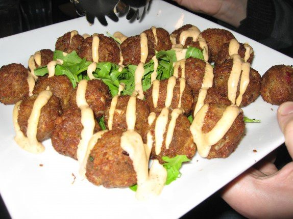 Mini crab cakes with spicy aioli
