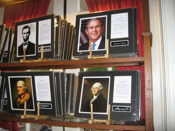 American greats: Abraham Lincoln, Thomas Jefferson, George Washington, George W. Bush