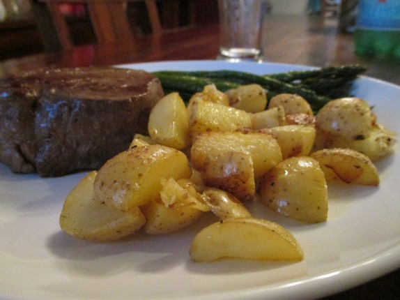 Filet mignon, asparagus, potatoes