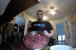 derryX cooks a simple burger (Video)